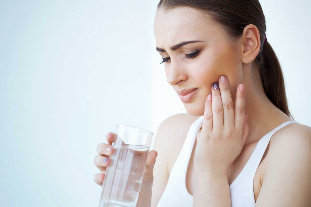 5 ways to relieve an unbearable toothache with dentist in Mooroolbark